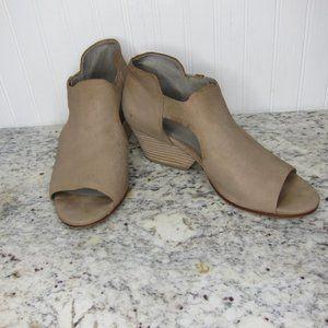 Eileen Fisher Iris Wedge Heel Sandal Size 7.5